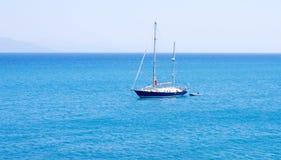 Шлюпка Sailing Стоковые Изображения