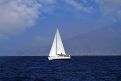 Шлюпка Sailing Стоковые Изображения RF