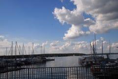 Шлюпки в озере стоковые фотографии rf