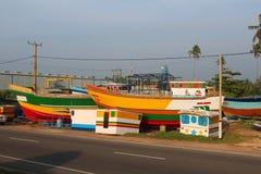 Шлюпки в Hikkaduwa, Шри-Ланке Стоковое Изображение