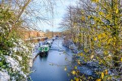 Шлюпки канала в замороженном канале Стоковые Фото