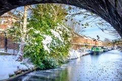 Шлюпки канала в замороженном канале Стоковое фото RF