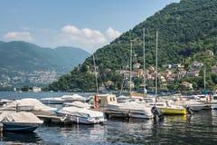 Шлюпки, озеро Como, город Como, Италии Стоковое Фото