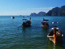 Шлюпки Touristik в море Стоковая Фотография