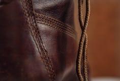 Шнурок и часть старого кожаного ботинка Стоковое Изображение