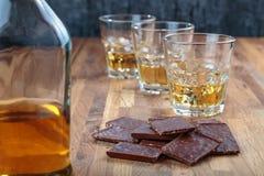 Шоколад и виски стоковая фотография rf