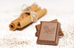 Шоколад и циннамон Стоковая Фотография RF