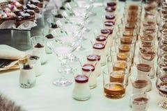 Шоколадный батончик свадьбы с спиртом Стоковые Фото