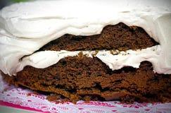 Шоколадный торт печет очень вкусную концепцию стоковые изображения