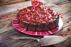 Шоколадный торт с семенами гранатового дерева Стоковая Фотография