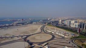 Шоссе на Дубай Вид с воздуха островов мира в Дубай Острова были запланированы быть начатым с гостиницой стоковое фото