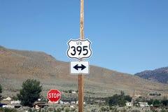 Шоссе 395 подписывает внутри Doyle, Калифорнию Стоковая Фотография