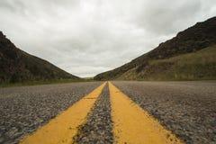 Шоссе через горы Стоковое Фото