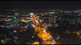 Шоссе Mittraphap в городе Nakhon Ratchasima, Таиланде сток-видео