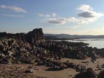 Шотландские пляж и утесы Стоковая Фотография RF