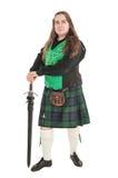 Шотландский человек в традиционном национальном костюме с шпагой Стоковые Фотографии RF