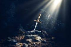 Шпага в каменном excalibur Стоковое Изображение RF
