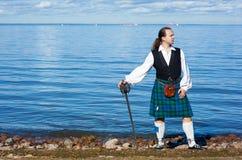 шпага scottish человека costume Стоковая Фотография