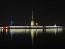 шпиль Паыля peter собора Стоковая Фотография