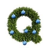 Шрифт письма q характера ABC алфавита рождества с шариком рождества Тип украшения прописных букв ветвей рождественской елки с бесплатная иллюстрация