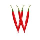 Шрифт сделанный из горячего изолированного перца красного chili на бело- письме w Стоковые Изображения