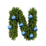 Шрифт n письма характера ABC алфавита рождества с шариком рождества Тип украшения прописных букв ветвей рождественской елки с бесплатная иллюстрация