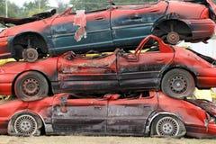 Штабелированные автомобили стоковая фотография