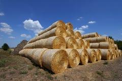 Штабелированные bales сена Стоковое Изображение RF