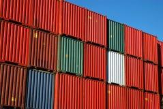 штабелированный грузить контейнеров Стоковая Фотография