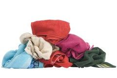 Штабелировано цветастых полотенец стоковые изображения rf