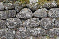 Штабелированная каменная стена стоковое изображение rf