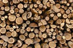Штабелированная прерванная древесина Стоковые Изображения