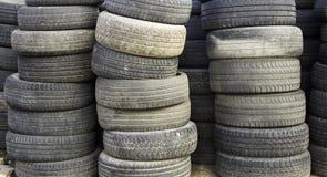 Штабелированные колеса автомобиля Стоковое фото RF