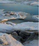 Штабелированный лед с открытой водой Стоковая Фотография RF
