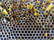 Штабелированный конспект стальной трубы Стоковая Фотография