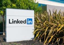 Штабы и знак Linkedin корпоративные Стоковое фото RF