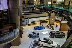 Штабы мира General Motors в городском Детройте Мичигане стоковое фото rf