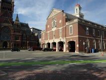 Штабы огня Кембриджа и мемориальный Hall, Кембридж, Массачусетс, США стоковые изображения