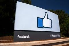 Штабы Facebook корпоративные подписывают внутри Кремниевую долину Стоковая Фотография