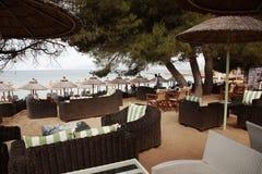 Штанга на пляже банана, Skiathos стоковые фотографии rf