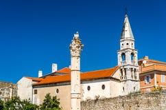 Штендер стыда, римский столбец в Zadar, Хорватии стоковое фото