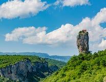 Штендер Katskhi вне Kutasi, Georgia стоковая фотография
