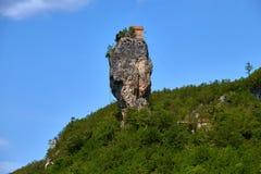 Штендер Katskhi, монастырь на столбце, Грузии стоковое изображение rf