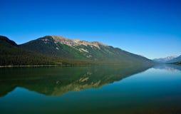 штилевой показывать отражения озера спокойный Стоковое Фото