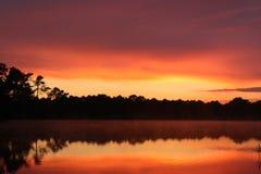 штилевой заход солнца Стоковые Фотографии RF