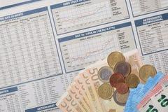 шток snd карандаша рынка диаграммы спусков монеток красный поднимает Стоковые Фото