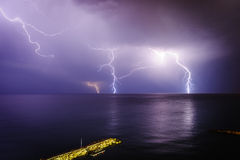 Шторм в среднеземноморском Лимасол Кипр Стоковые Изображения