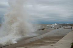 Шторм на Lake Michigan, Чикаго, Иллинойсе стоковая фотография rf