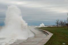 Шторм Outumn на Lake Michigan, Чикаго, Иллинойсе Стоковое фото RF