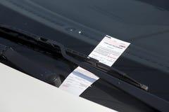 Штраф за нарушение правил стоянки Стоковые Фотографии RF